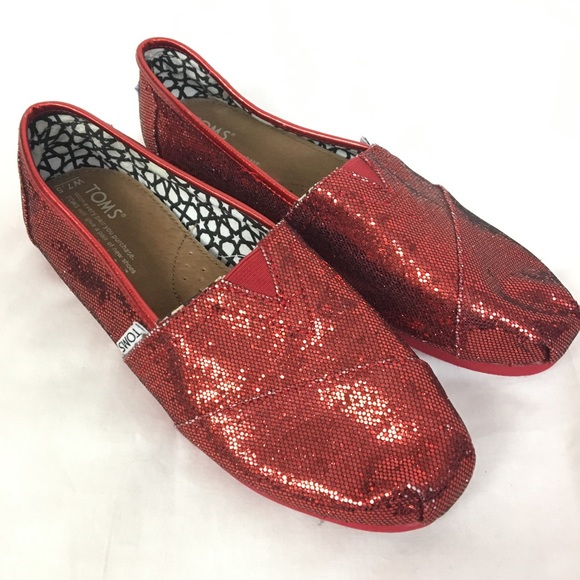 2a8979cb3f5 NWOT Toms Shoes Womens 7.5 Red Glitter
